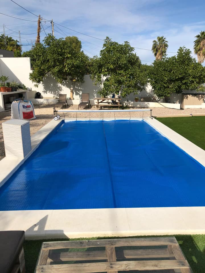 Protege tu piscina hasta el próximo verano